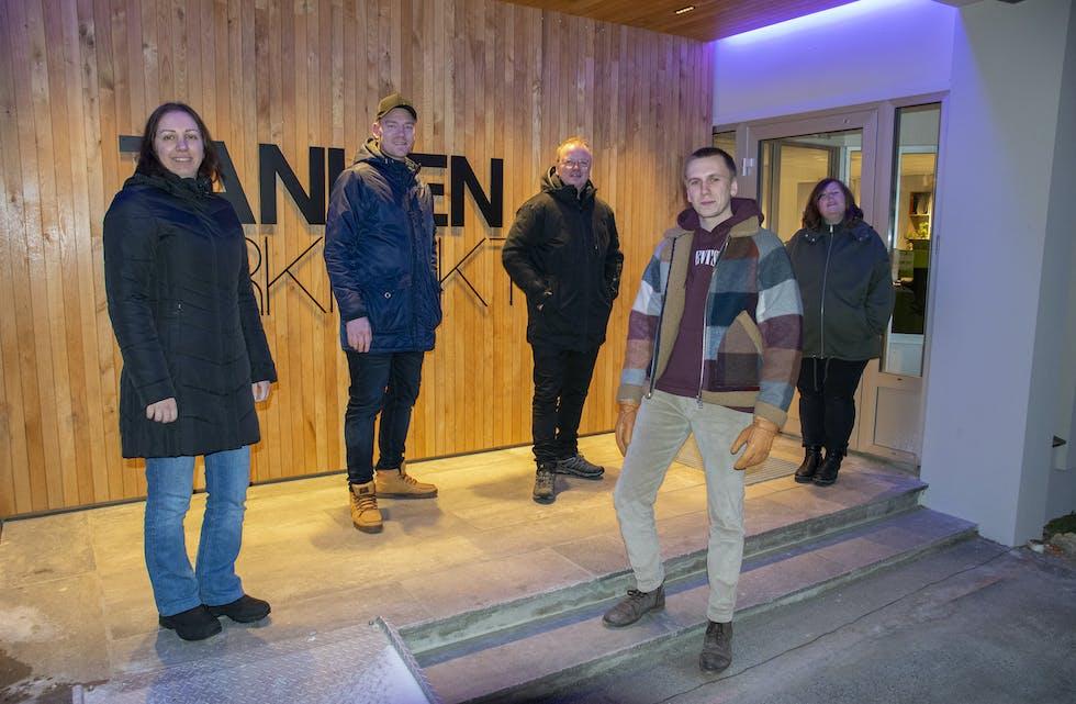 Tanken Arkitektur utvider staben igjen, og fem skal bli seks. F.v.: Shohreh Vahed, Robin Söderkvist, Lars Kristian Sjøvold, Sondre Stensheim Jørgensen og Cecilie Johansen.