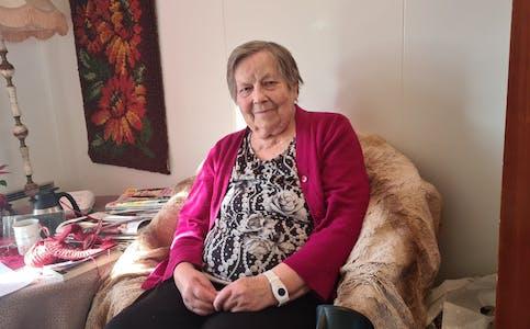 Husleieprisen på leiligheten Anna Lauvås leier tar et stort jafs av hennes månedlige pensjonsutbetaling.