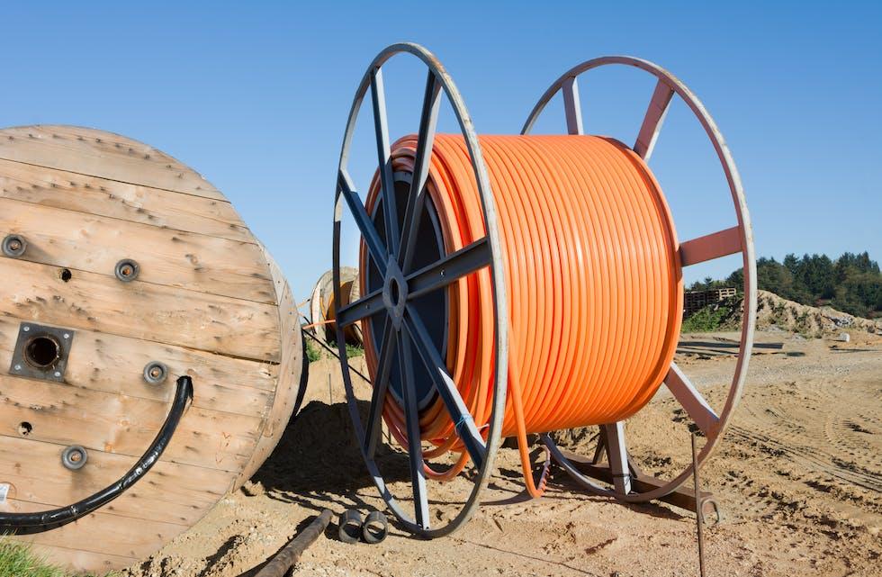 På Bjerka setter nå Signal Bredbånd i gang utbygging av høyhastighets internett. Dermed kan mange kunder velge mellom to operatører.