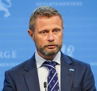 Helse- og omsorgsminister Bent Høie (H) under regjeringens pressekonferanse onsdag 29. juli.