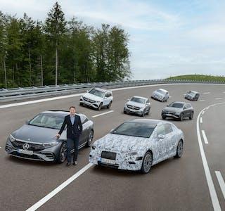 Ola Källenius, konsernsjef i Mercedes-Benz AG, sier Mercedes fra 2025 kun kommer til å utvikle elmotorer.