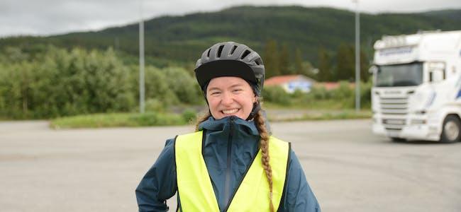 Maria Bech Urland tilbakela 100 mil på sykkelen da hun skulle hjem til Bjerka på sommerferie.