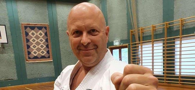 Jan Magnus Davidsen starter opp som instruktør i karate for Bjerka IL.