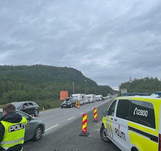 Politiet melder om fortsatt stor pågang ved grenseovergangene i Nordland
