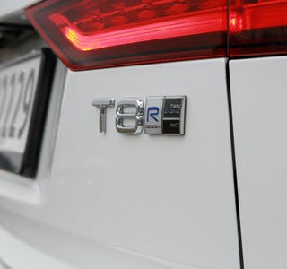Volvos ladehybrider i 60- og 90-serien får et kraftigere batteri.