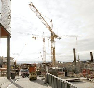 Byggekostnadene for boliger økte videre i august. (Illustrasjon)