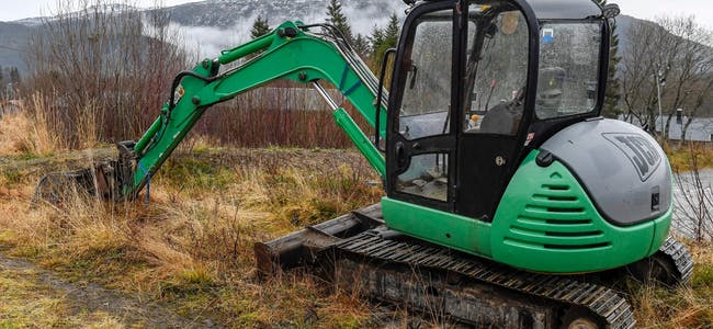 Hemnes ILs gravemaskin ble i helga utsatt for simpelt tyveri av diesel.