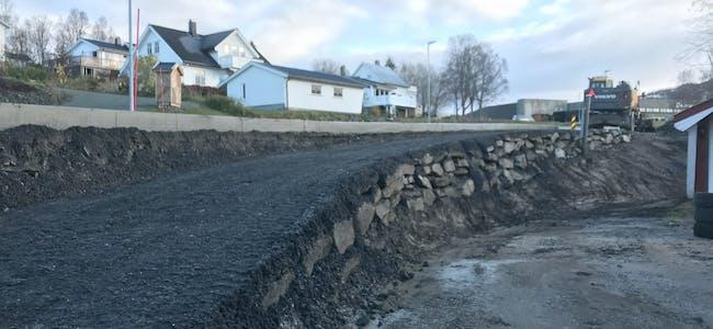 Fremkommeligheten på gangveien i enden av Svenskbyvegen oppgraderes betydelig.