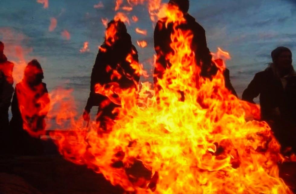 Motvind Sjonfjellet arrangerer vardebrenning på Sjonfjellet 7. oktober klokken 18.00.